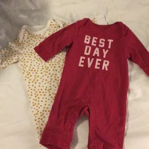 2 old navy long sleeve outfits